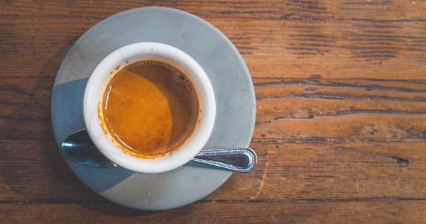 Intermittent fasting zwarte koffie honger
