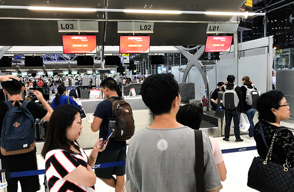 Thai Vietjet Air inchecken Bangkok Suvarnabhumi